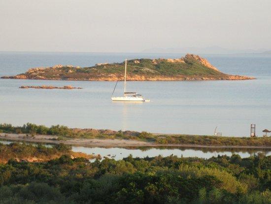 Residence Baia Salinedda: vista dalla loggia del villino