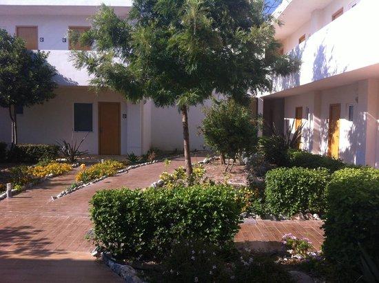 Hotel Anavadia: petit couloir des chambres