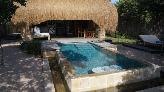 Azura Benguerra Island : Private deck and pool.