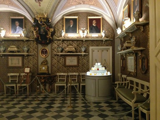Pharmacy of Santa Maria Novella: the old apothecary is like a museum today