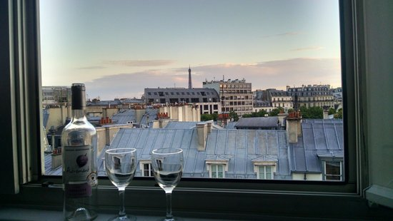 Hotel Etoile Saint-Honore by HappyCulture: View from our room.