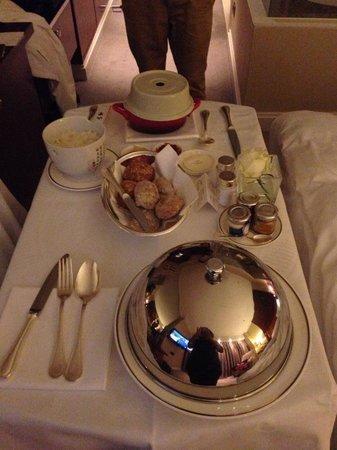 Hotel Okura Amsterdam: Room service