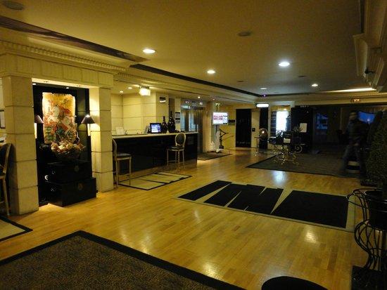 St George Lycabettus Hotel : Lobby