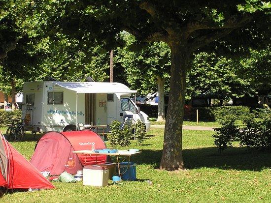 Camping du Port d'Arciat : Emplacement