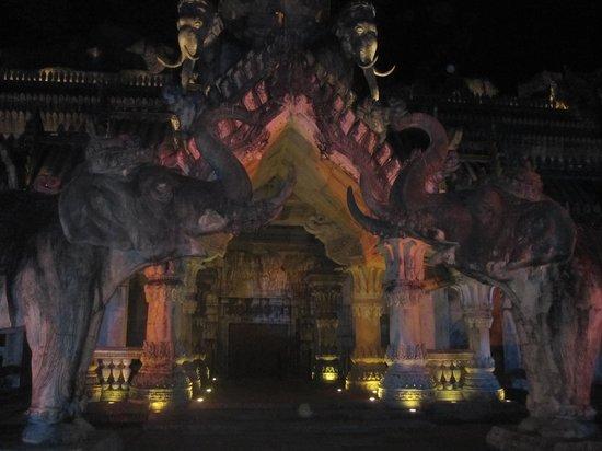 Phuket FantaSea : Le Palais des éléphants