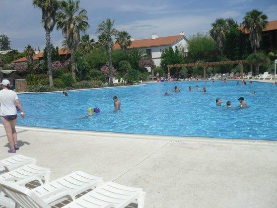 PortAventura Hotel El Paso: Pool Area