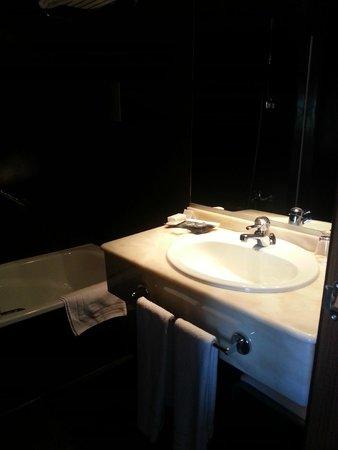 Hotel Rio Bidasoa: Salle de bains