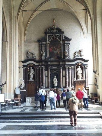 Église Notre-Dame (Onze Lieve Vrouwekerk) : Chiesa