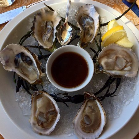 Auberge du Soleil Restaurant: Oysters