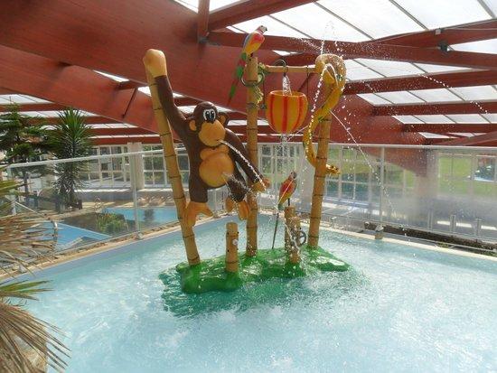 Chateau de Lez-Eaux: Children's Pool