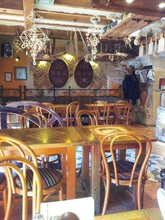 PROVINCE : Душевное место с хорошей кухней и обслуживантем