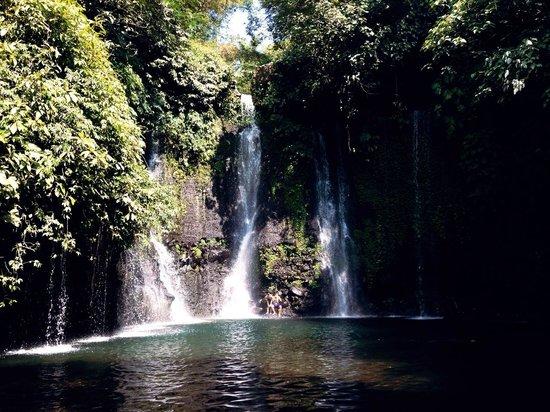 Pemalang, Indonesia: Cibedil Waterfall