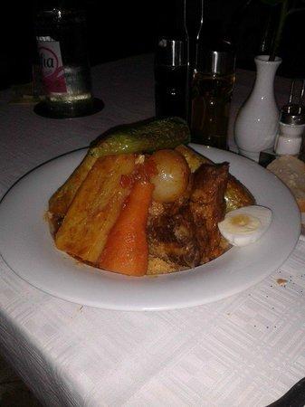 Restaurant Le Méditerranée: couscous poulet agneau