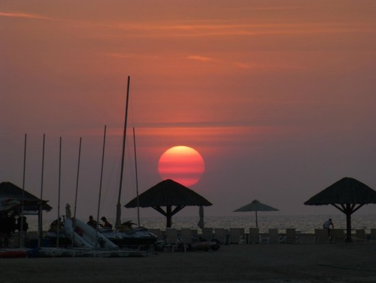 Hilton Ras Al Khaimah Resort & Spa : Sunset