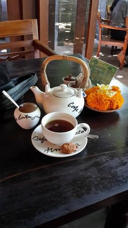 Cafe Batu Jimbar: Tea Time