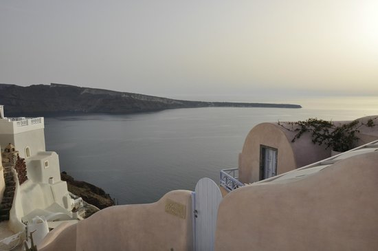 Kastro Oia Restaurant: View from table