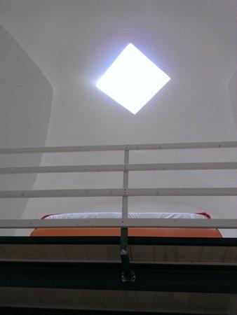 Relais Carlo V - Palazzo Storico: Soppalco con zona notte