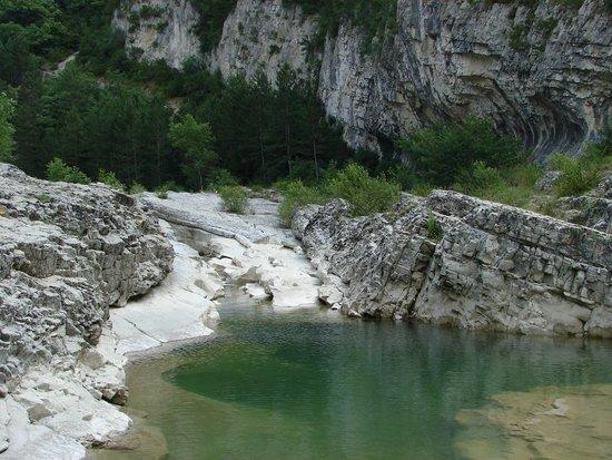 Les Bergerons : natural jacuzzi