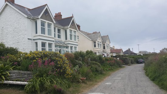 Atlantic House B&B: Pentreath Lane
