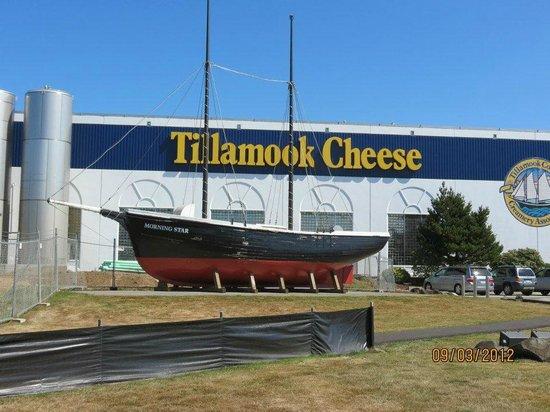 Tillamook Cheese Factory: Tillamook Cheese