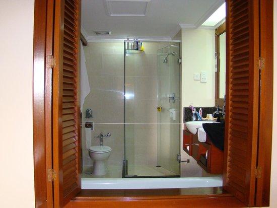 Grand Mirage Resort: Ванная комната