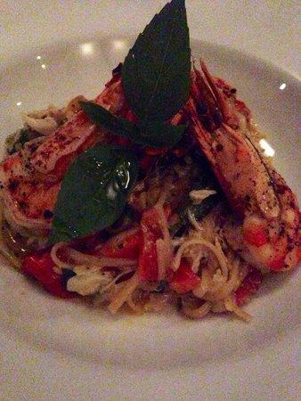 Abaca Restaurant : Prawn & crab linguine