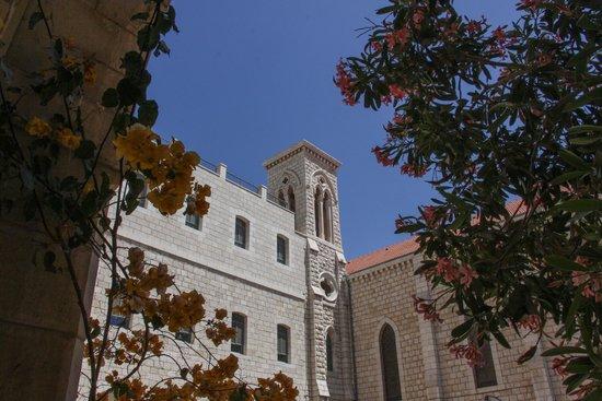 Sisters of Nazareth Convent: Soeurs de Nazareth - vu de la cour intérieure