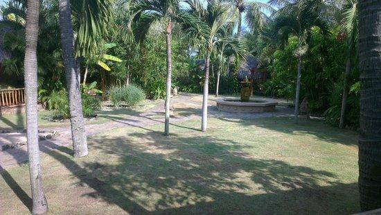 Mia Resort Mui Ne: Grass can be greener?