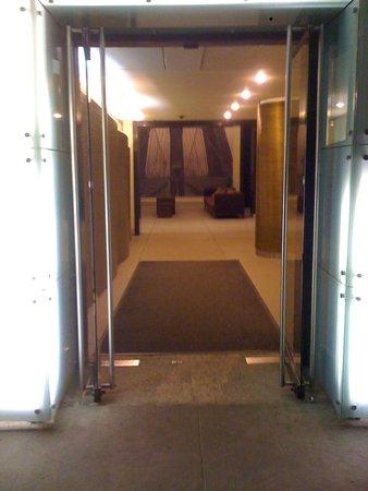 Woogo - Central Park: entrée de l'hôtel