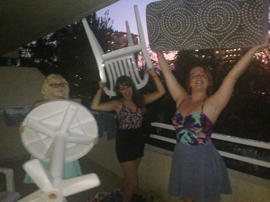 HM Martinique: Fun on the Balcony