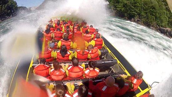 Whirlpool Jet Boat Tours: Class 5 rapids!