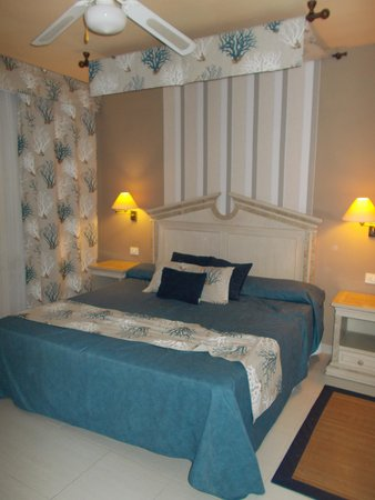Gran Oasis Resort: Bedroom Room 77