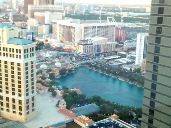 Vdara Hotel & Spa: Great view.....