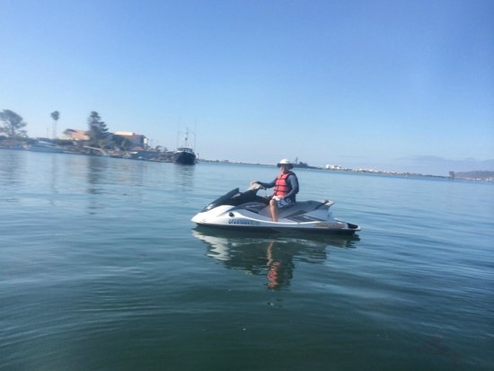 "San Diego Bay Adventures: Getting through the ""no wake"" zone"
