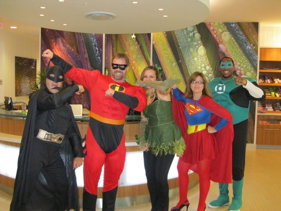 SpringHill Suites Houston The Woodlands: Our staff is trained to serve!