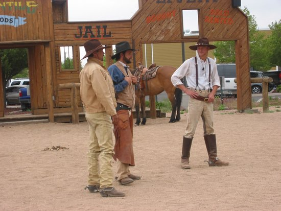 Grand Canyon Railway: Wild West Show