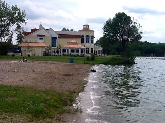 Cedar Lake Historical Association Museum: beach area to left of museum by Lighthouse Restaurant