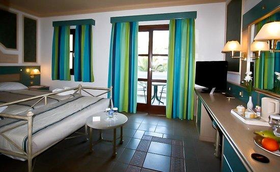 Aldemar Royal Mare Thalasso Resort : Номер