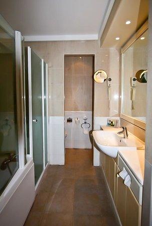 Aldemar Royal Mare Thalasso Resort : Ванная