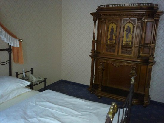 Hotel Urania: Room