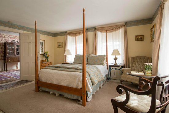 Colby Hill Inn: Guest Room 2