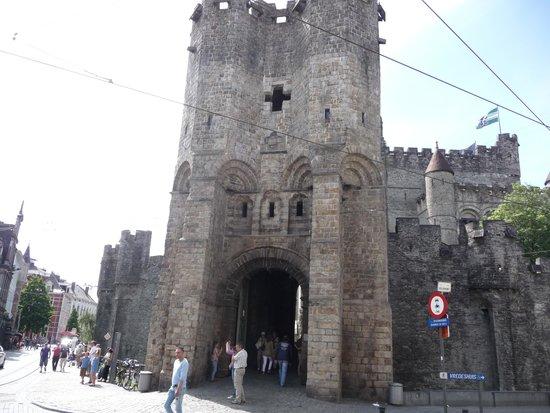 Gravensteen Castle : Puerta Principal