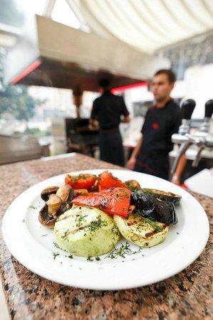 Nadiya Hotel & Restaurants: Nadia Restaurant Summer grill terrace