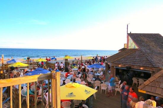 Sands Ocean Club Resort : Ocean Annie's