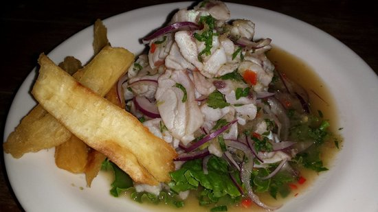 Chicken Joe's: ceviche with lemon-sauce