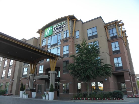 Holiday Inn Express Hotel & Suites Riverport: hotel