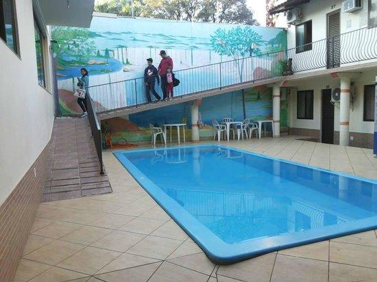 Pousada El Shaddai: piscina