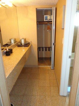 The Anabella : Vanity/closet area outside bathroom