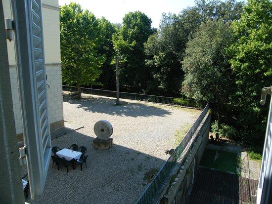 Villa Montarioso : Вид из окна