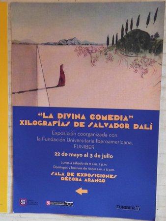 Centro Cultural Gabriel Garcia Marquez: Bella exposicion